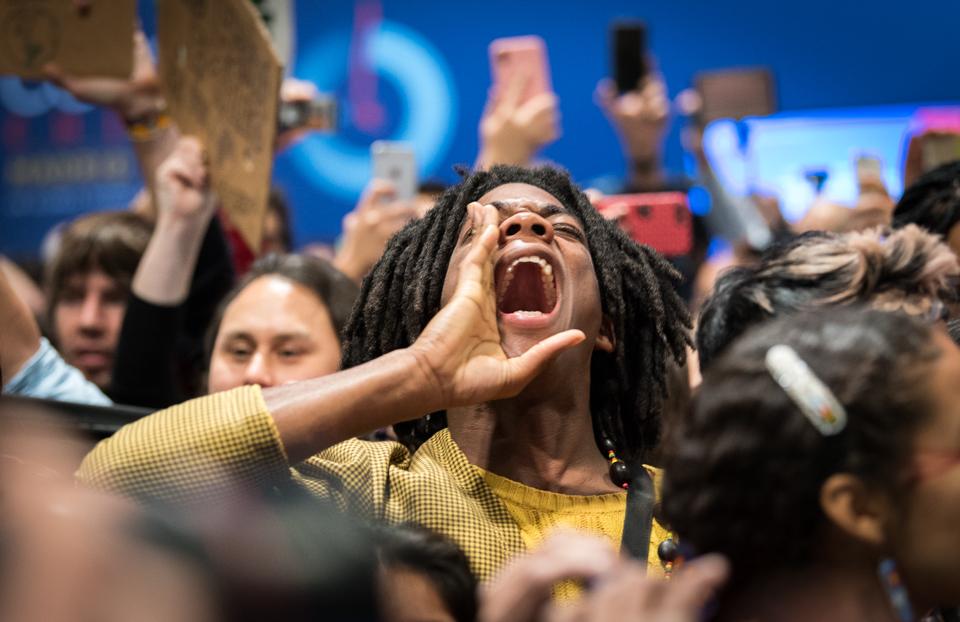 Aktivistinnen im UN Gebäude