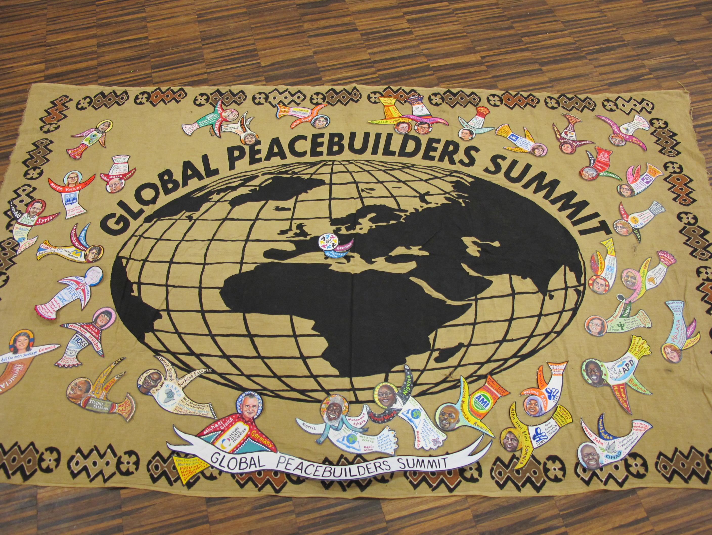 Plakat Global Peacebuilders Summit 2018 mit Portraits